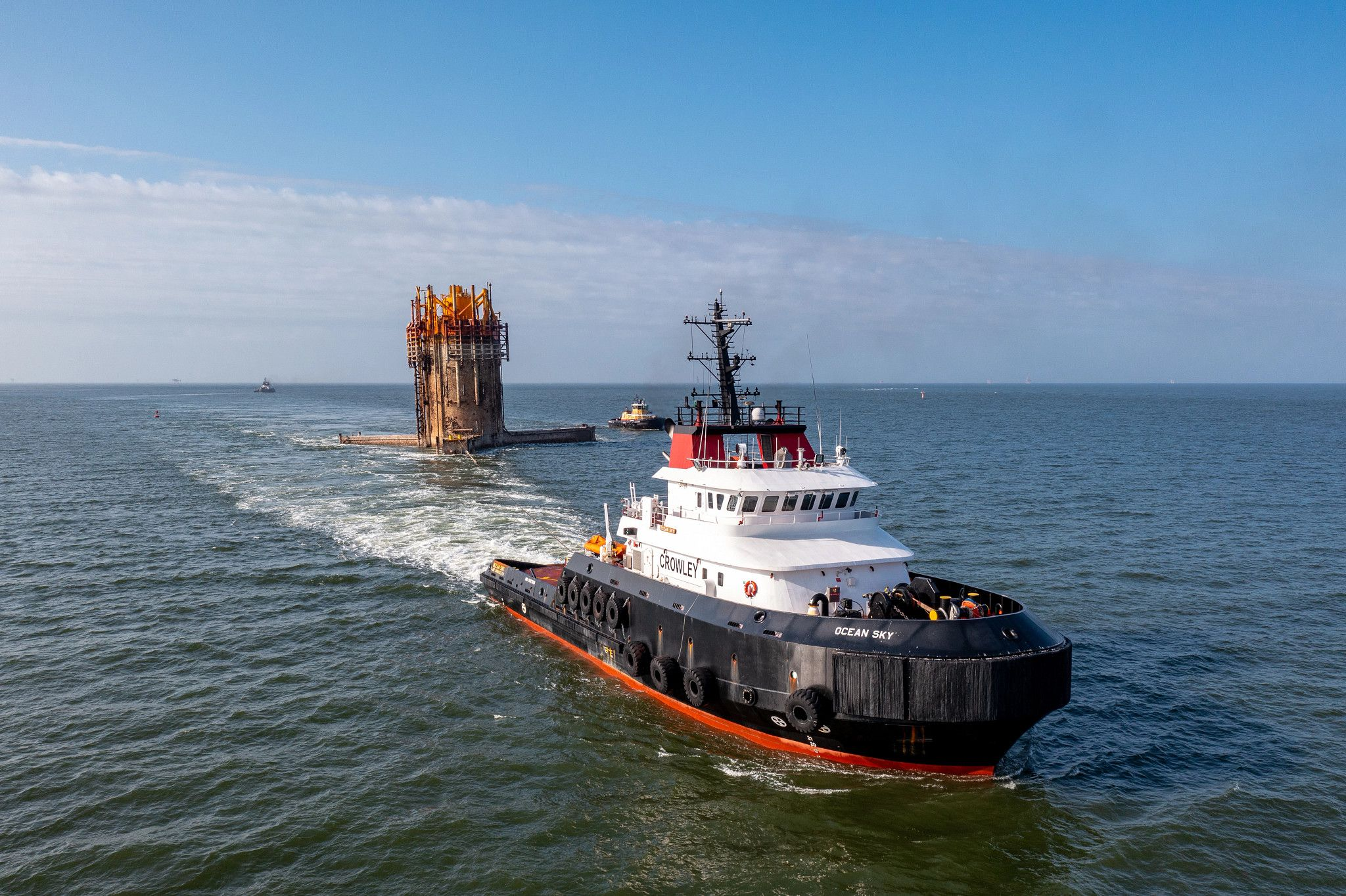 Crowley tugs assist in TLP decommissioning